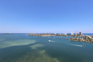 2640 Lake Shore Drive, 2215, Riviera Beach, FL 33404