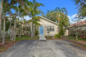 8699 Uranus Terrace, Lake Park, FL 33403