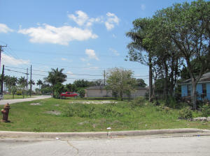 105 NW 2nd Avenue