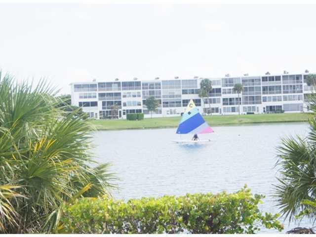 78 Sussex D, West Palm Beach, Florida 33417, 1 Bedroom Bedrooms, ,1 BathroomBathrooms,Condo/Coop,For Sale,SUSSEX,Sussex D,2,RX-10433757