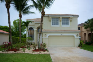 233 Saratoga Boulevard E, Royal Palm Beach, FL 33411
