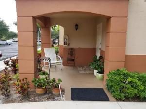 3496 Briar Bay Boulevard, West Palm Beach, FL 33411