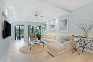 204 Sea Oats Drive, Juno Beach, FL 33408