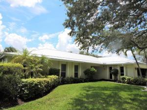 257 Country Club Drive, Tequesta, FL 33469