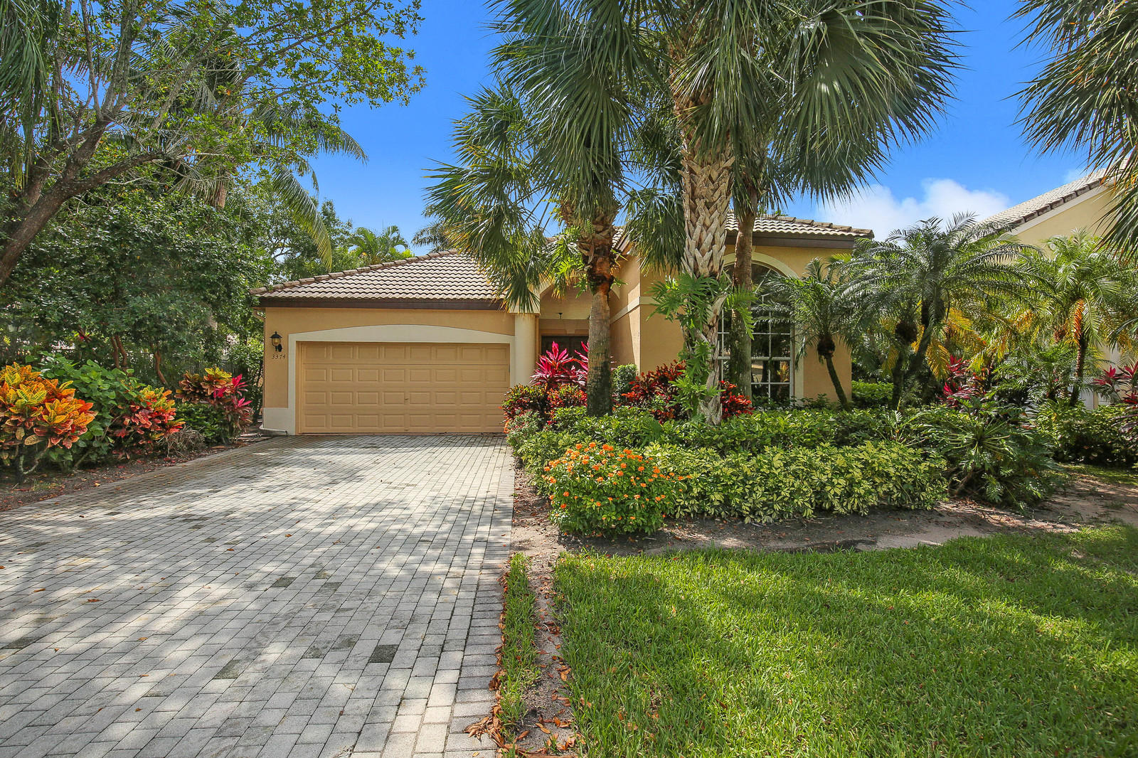3374 53rd Circle, Boca Raton, Florida 33496, 5 Bedrooms Bedrooms, ,3.1 BathroomsBathrooms,Single Family,For Sale,Woodfield Country Club,53rd,RX-10435757