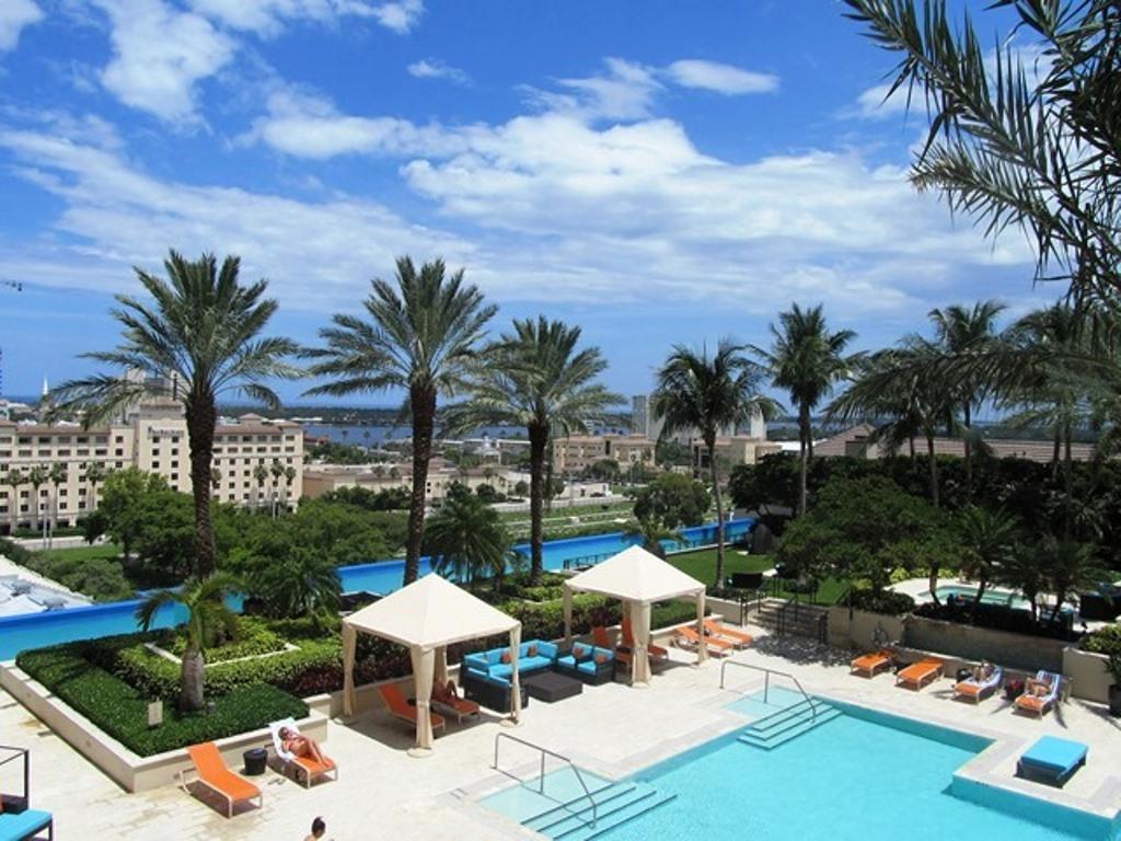 550 Okeechobee Boulevard, West Palm Beach, Florida 33401, 2 Bedrooms Bedrooms, ,2 BathroomsBathrooms,Condo/Coop,For Sale,Okeechobee,11,RX-10436643