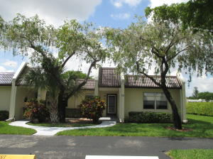 122 Lake Rebecca Drive, West Palm Beach, FL 33411