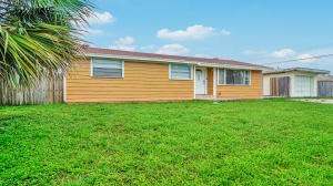 7979 Terrace Road, Lantana, FL 33462