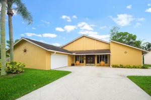 112 Ponce De Leon Street, Royal Palm Beach, FL 33411