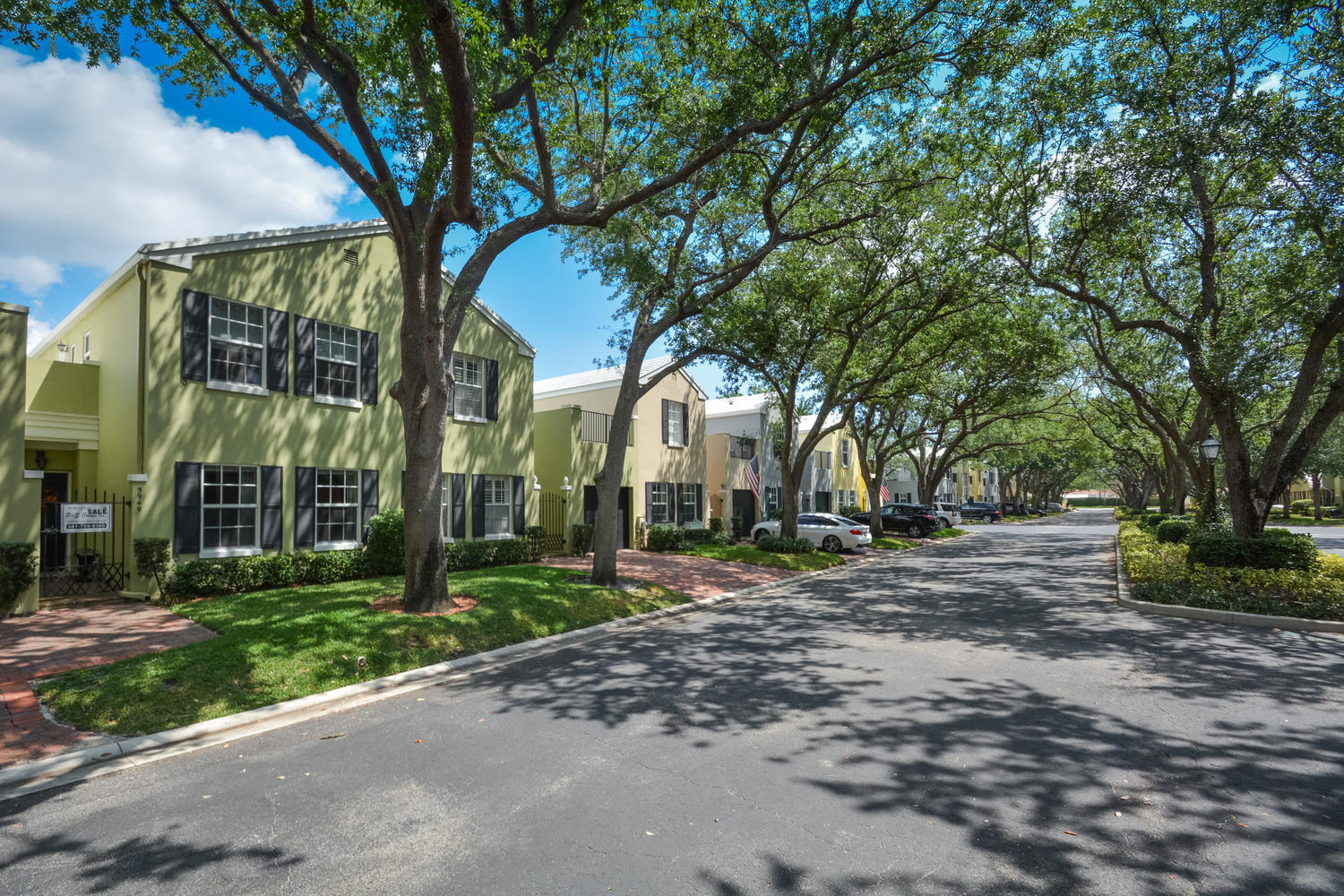 5949 Catesby Street, Boca Raton, Florida 33433, 3 Bedrooms Bedrooms, ,3 BathroomsBathrooms,Townhouse,For Sale,CHARLESTON PLACE,Catesby,RX-10437358