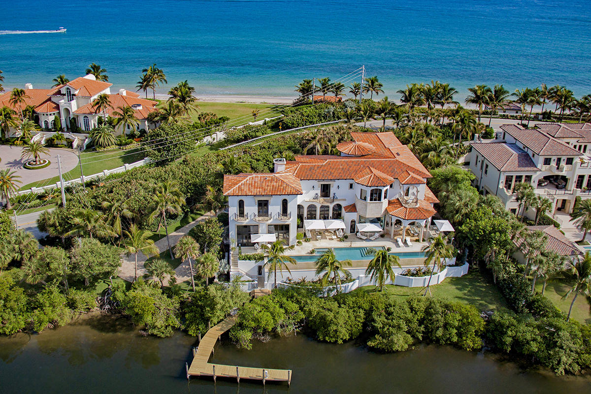 1555 Ocean Boulevard, Manalapan, Florida 33462, 8 Bedrooms Bedrooms, ,9.2 BathroomsBathrooms,Single Family,For Sale,COMMISSIONERS MAP GEDNEY VS PIERSON CHANCERY # 88,Ocean,RX-10437610