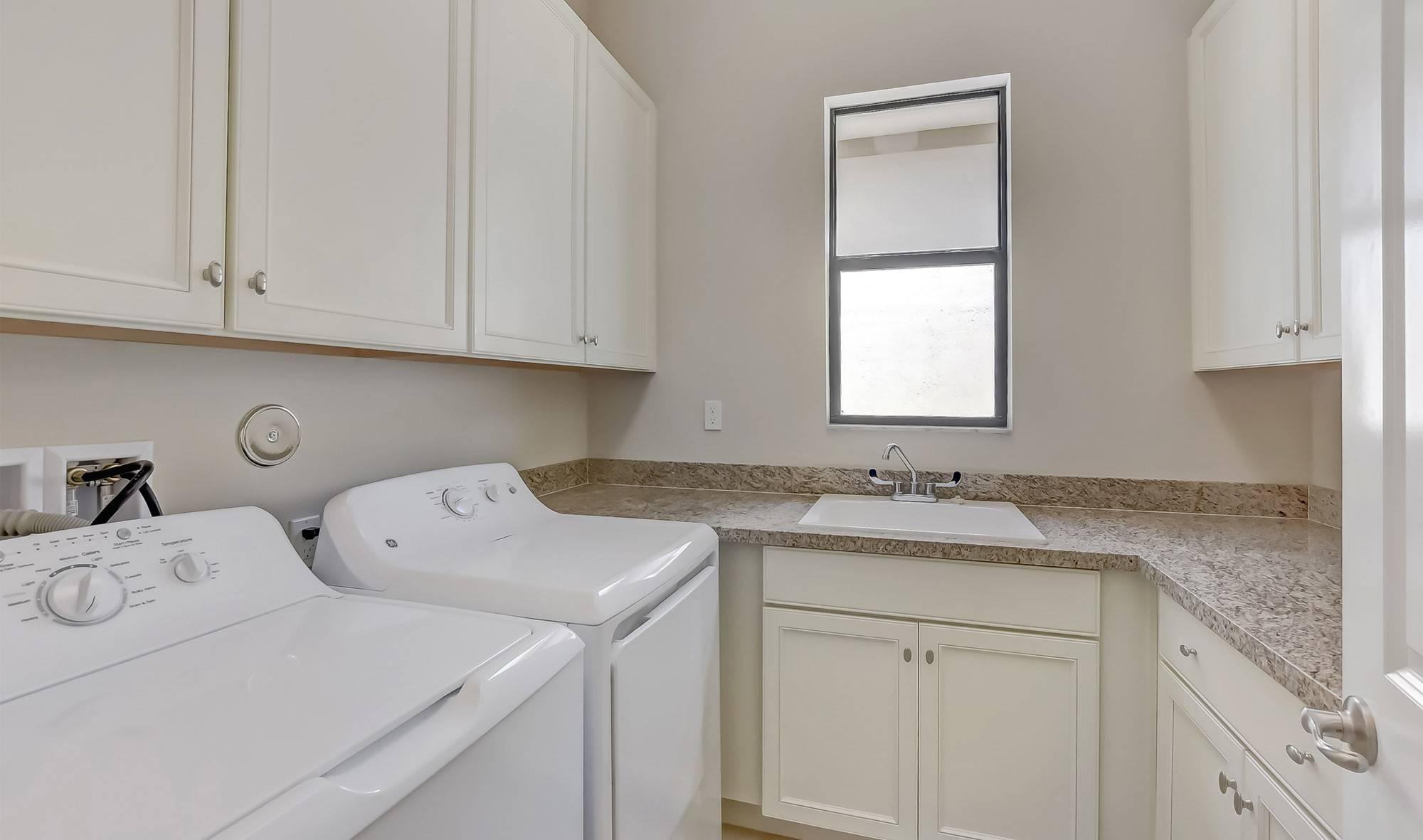 9597 Kalamar Circle, Parkland, Florida 33076, 3 Bedrooms Bedrooms, ,2.1 BathroomsBathrooms,Single Family,For Sale,Four Seasons at Parkland,Kalamar,RX-10438129