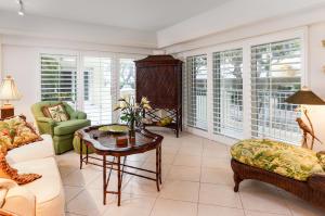 350 S Ocean Boulevard, 1080, Palm Beach, FL 33480