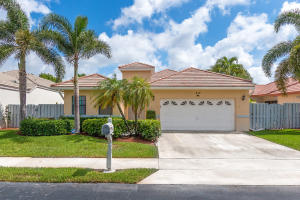 217 Citrus Trail, Boynton Beach, FL 33436