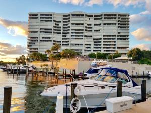 4201 N Ocean Boulevard, C-201, Boca Raton, FL 33431