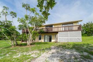 9506 SE Karin Street, Hobe Sound, FL 33455