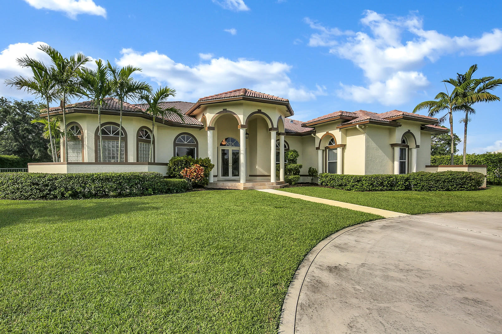 Delray Lakes Estates