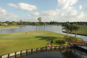 6974 Touchstone Circle, Palm Beach Gardens, FL 33418