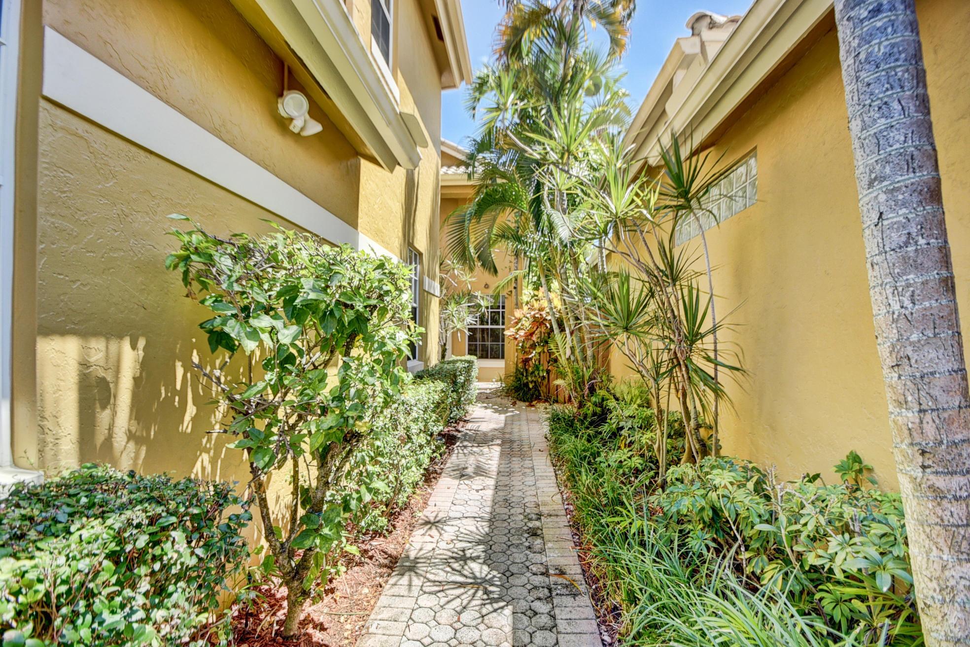 2486 67th Street- Boca Raton- Florida 33496, 3 Bedrooms Bedrooms, ,3.1 BathroomsBathrooms,Single Family,For Sale,BROKEN SOUND,67th,RX-10439470