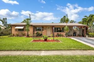 453 Cypress Lane, Palm Springs, FL 33461
