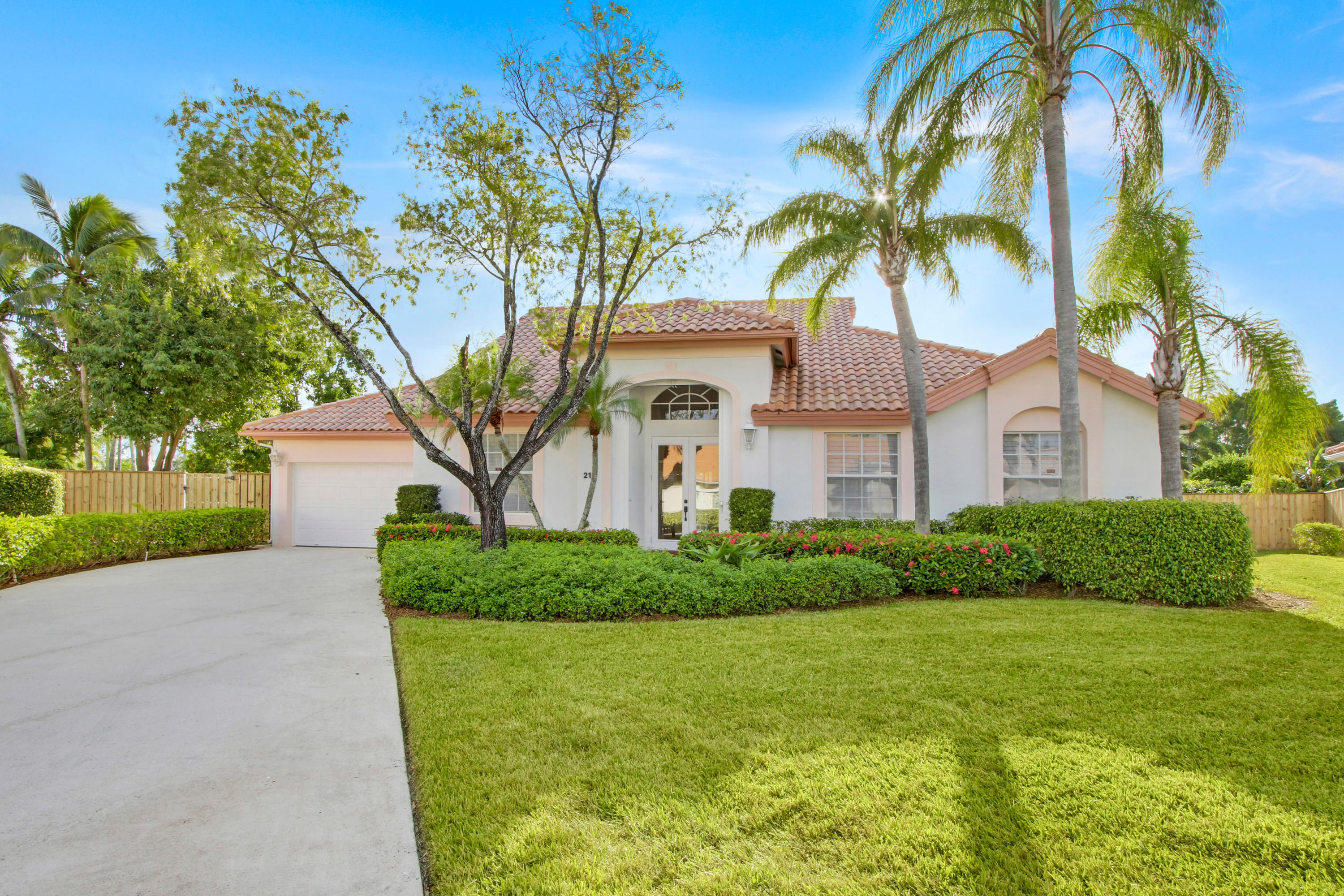 Home for sale in EAGLETON ESTATES Palm Beach Gardens Florida