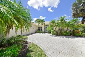 8884 Lakes Boulevard, West Palm Beach, FL 33412