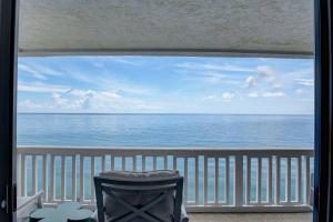 3570 S Ocean Boulevard, 900, South Palm Beach, FL 33480