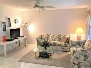 624 Snug Harbor Drive, B2, Boynton Beach, FL 33435