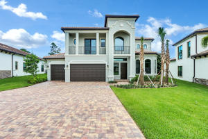 1069 NE Savannah Oaks Way, Jensen Beach, FL 34957