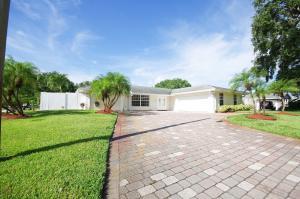4074 Ilex Circle N, Palm Beach Gardens, FL 33410