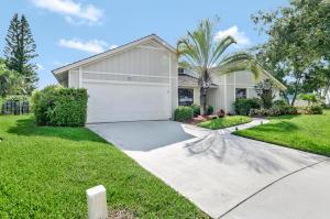 22 Oak Ridge Lane, Tequesta, FL 33469