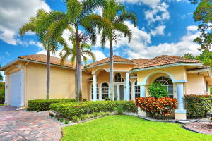 108 Kapok Crescent, Royal Palm Beach, FL 33411