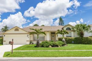 3699 Woods Walk Boulevard, Lake Worth, FL 33467