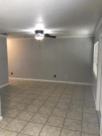 9232 E Highland Pines Drive, Palm Beach Gardens, FL 33418