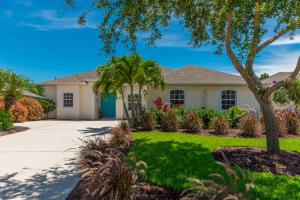 479 NW Sunflower Place, Jensen Beach, FL 34957
