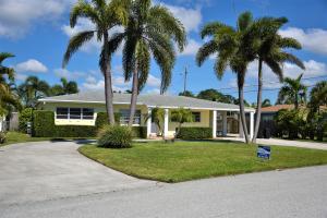 6621 Lake Clarke Drive, Lake Clarke Shores, FL 33406
