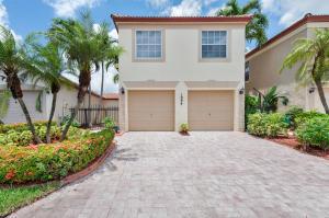 1094 Via Jardin, Riviera Beach, FL 33418
