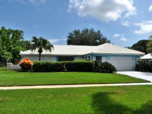 2441 SE Gowin Drive, Port Saint Lucie, FL 34952