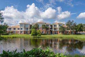 3112 Myrtlewood Circle E, Palm Beach Gardens, FL 33418