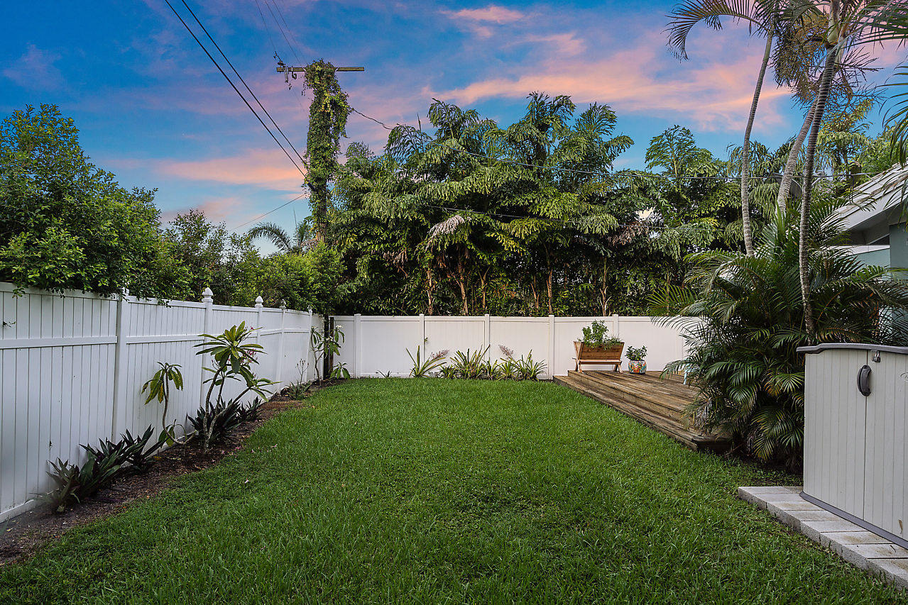 101 11th Street, Delray Beach, Florida 33444, 2 Bedrooms Bedrooms, ,2 BathroomsBathrooms,Single Family,For Sale,DELL PARK,11th,1,RX-10444145