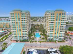 625 Casa Loma Boulevard, 1506, Boynton Beach, FL 33435