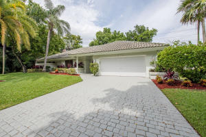 3790 Saint James Way, Boca Raton, FL 33434