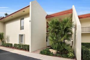 1707 Consulate Place, 201, West Palm Beach, FL 33401