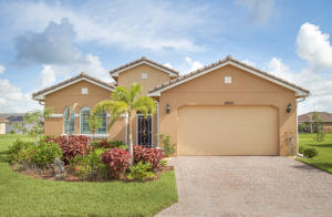 10313 SW Fernwood Avenue, Port Saint Lucie, FL 34987