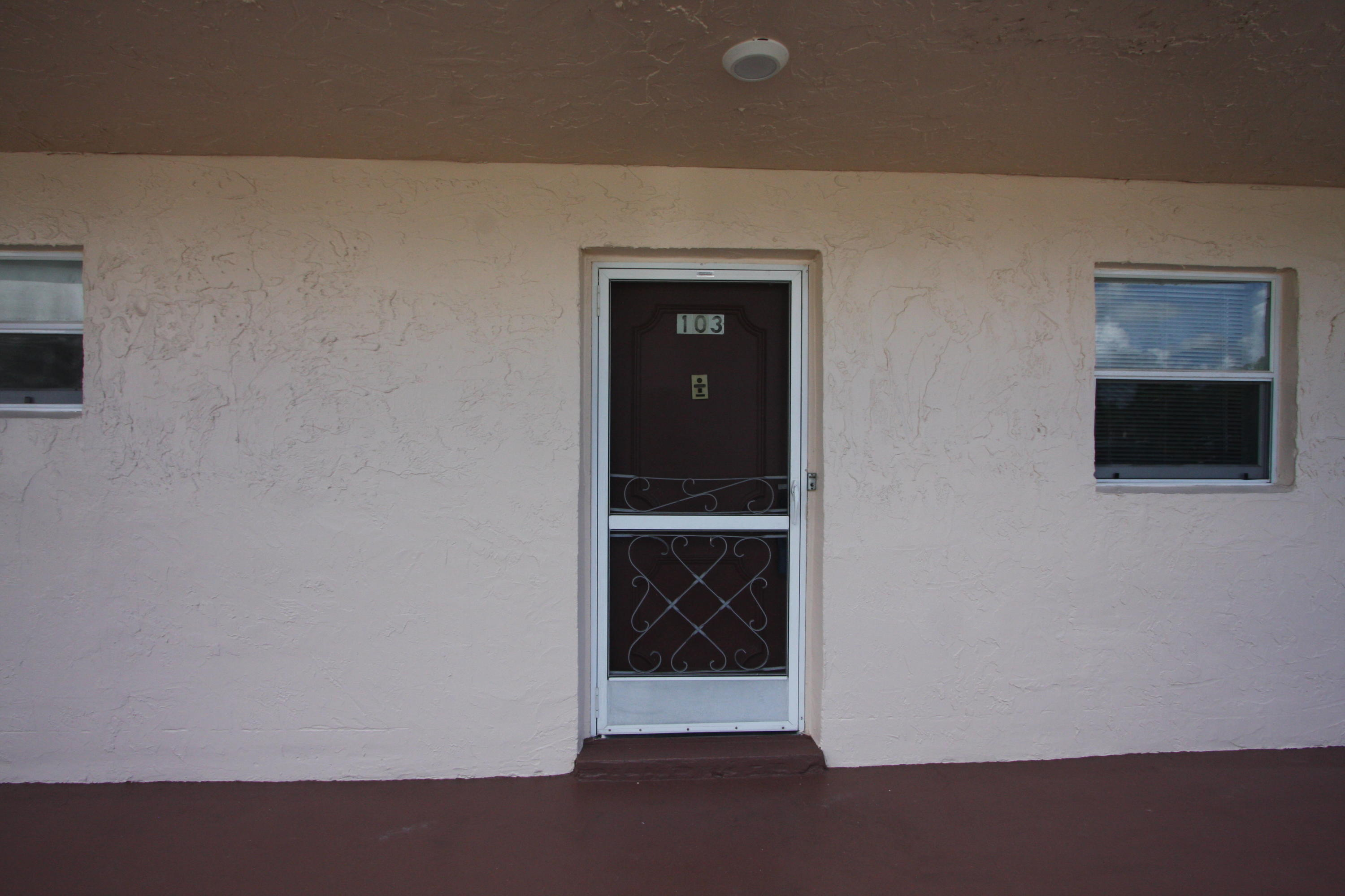 711 Lori Drive, Palm Springs, Florida 33461, 1 Bedroom Bedrooms, ,1 BathroomBathrooms,Condo/Coop,For Sale,Lakeside Village,Lori,1,RX-10444885