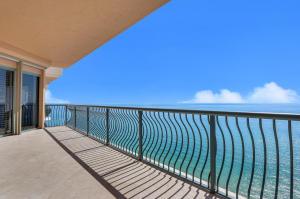 5150 N Ocean Drive, 2100, Singer Island, FL 33404