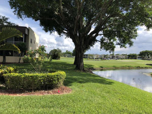 Beautifully Landscaped Tree Lined Community