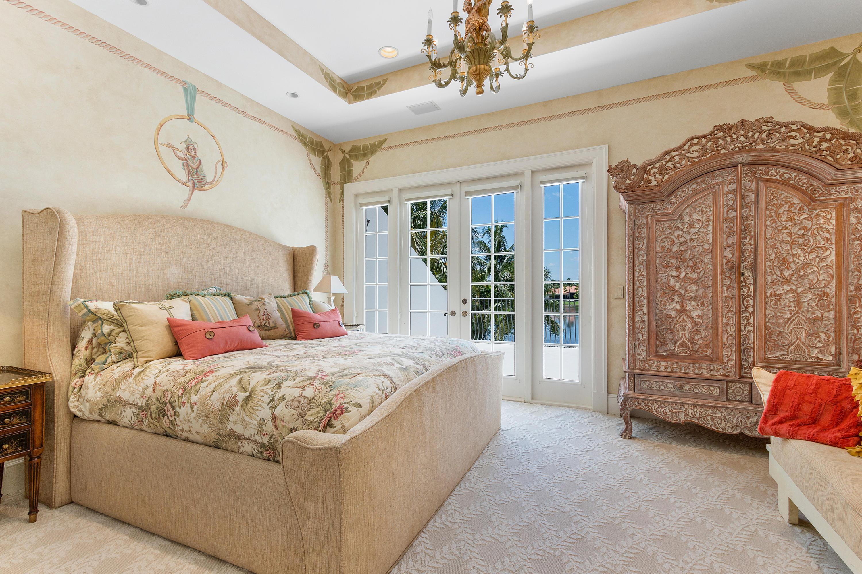 5581 Vintage Oaks Terrace
