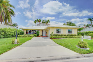 124 Park Lane E, Hypoluxo, FL 33462