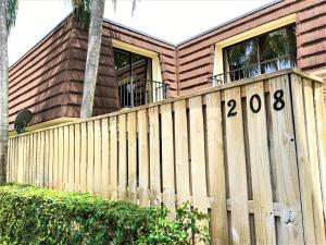 208 2nd Lane, Palm Beach Gardens, FL 33418
